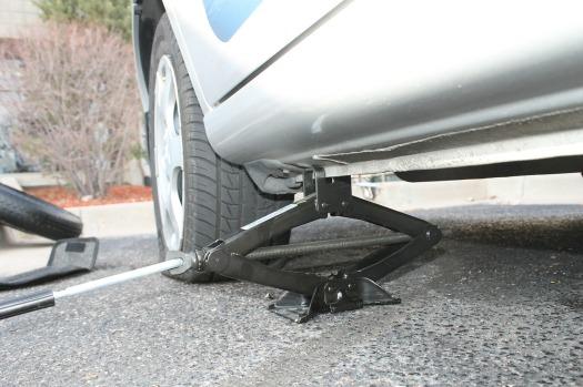 tire-606100_1280