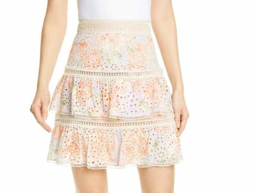 Inverted triangle ruffled skirt